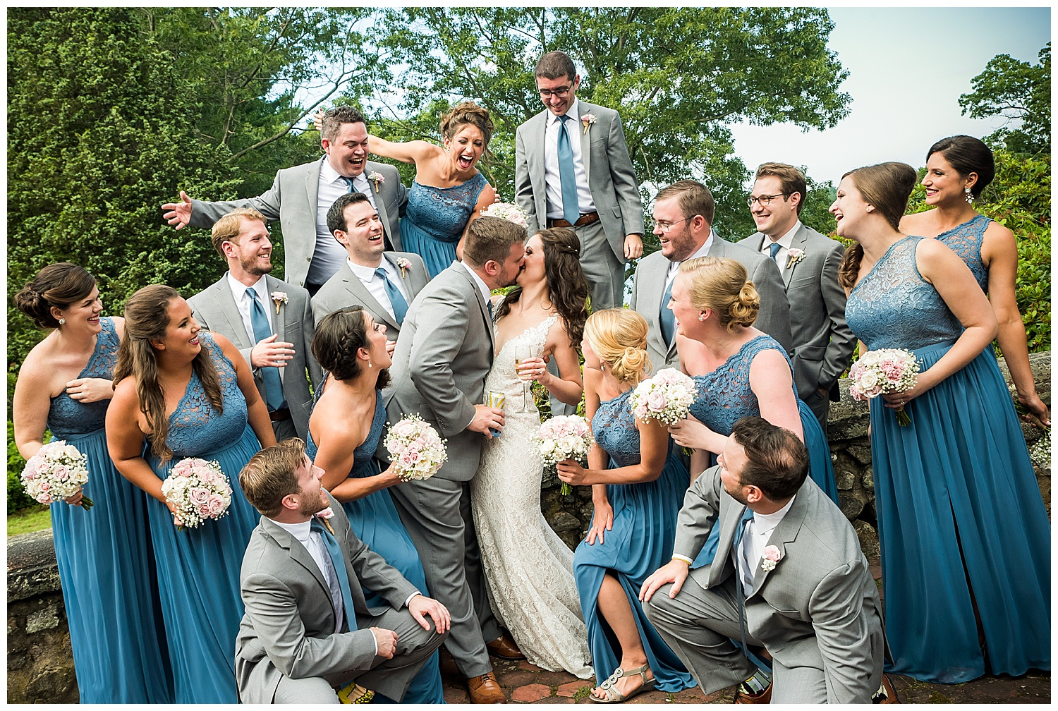 Moraine Farms Fun Wedding Party Photos