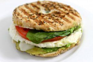 panera-breakfast-sandwich-photo-e1415820924382