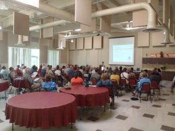 participants at Solarize Southwest's White Center workshop