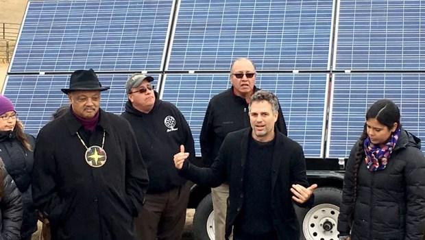 Mark Ruffalo at Dakota Access pipeline protest