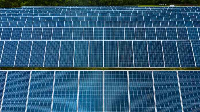 Public Market Financing Lifts Renewable Energy Investment to New First-Half Year Record in 2021: Report