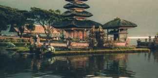 pagoda beside body of water