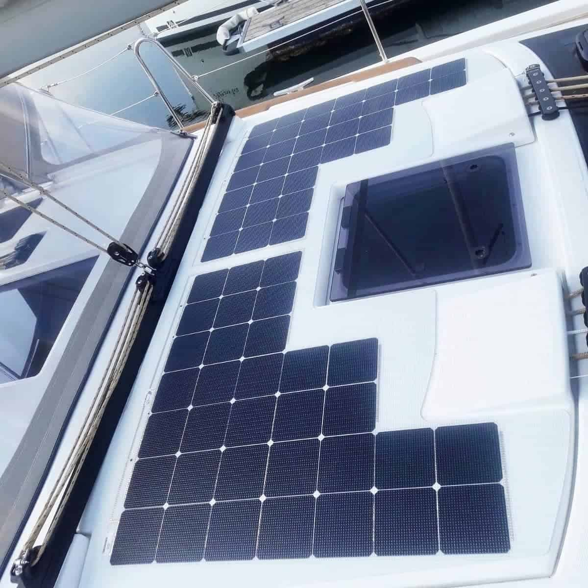 Dufour 390 Sailing Yacht Solar walkable Solbian
