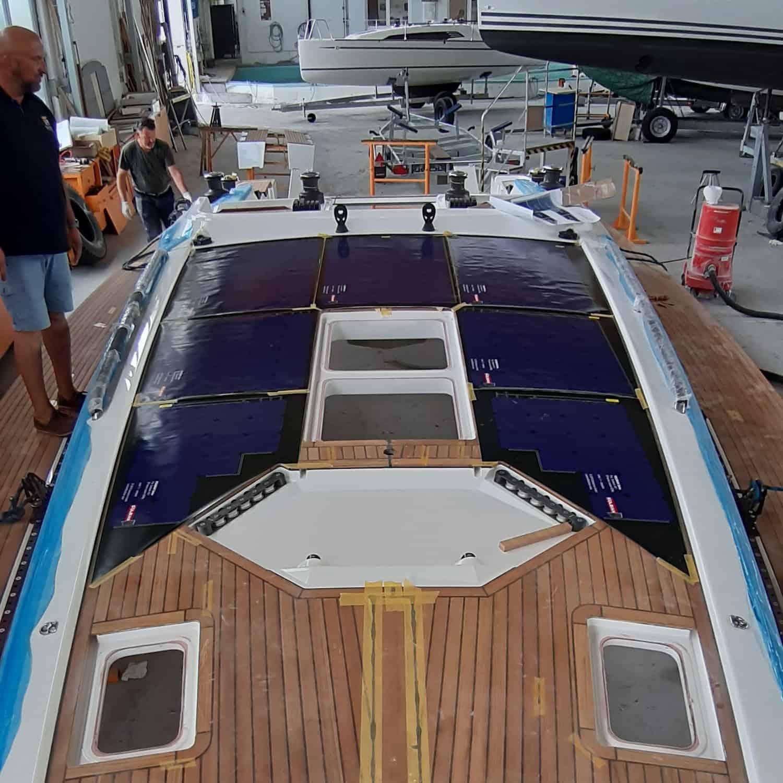 Solbian Solar Sunbeam 46.1 Segelyacht Deck Sprayhood Solaranlage begehbar Templates