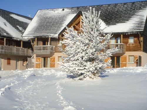 Promo Location vacances hiver Super Besse Massif Central RESIDENCE LE BOIS DE LA REINE