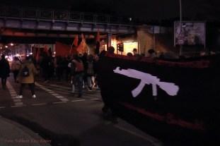 Bundeswehr raus aus syrien demo durch soldiner kiez (6)