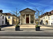 Carouge_Temple_Sole Bassett