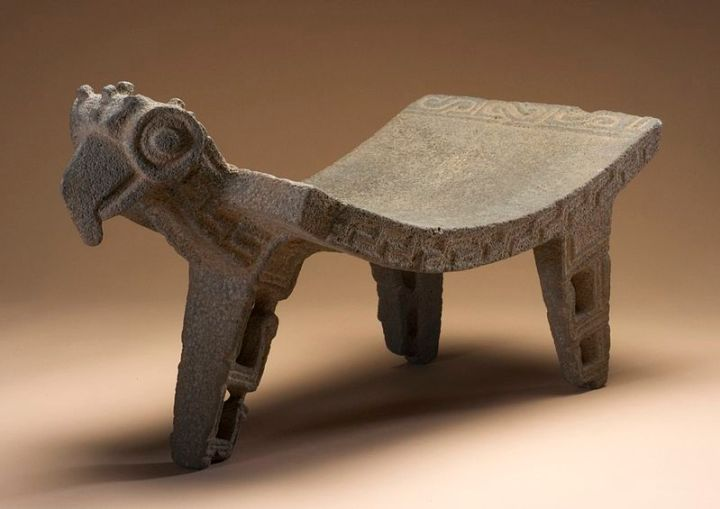 800px-Metate_with_Bird_Head_LACMA_M.90.168.43