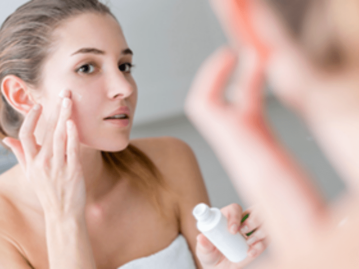 Cosmetics and the growing anti-aging skin care market Blog Image