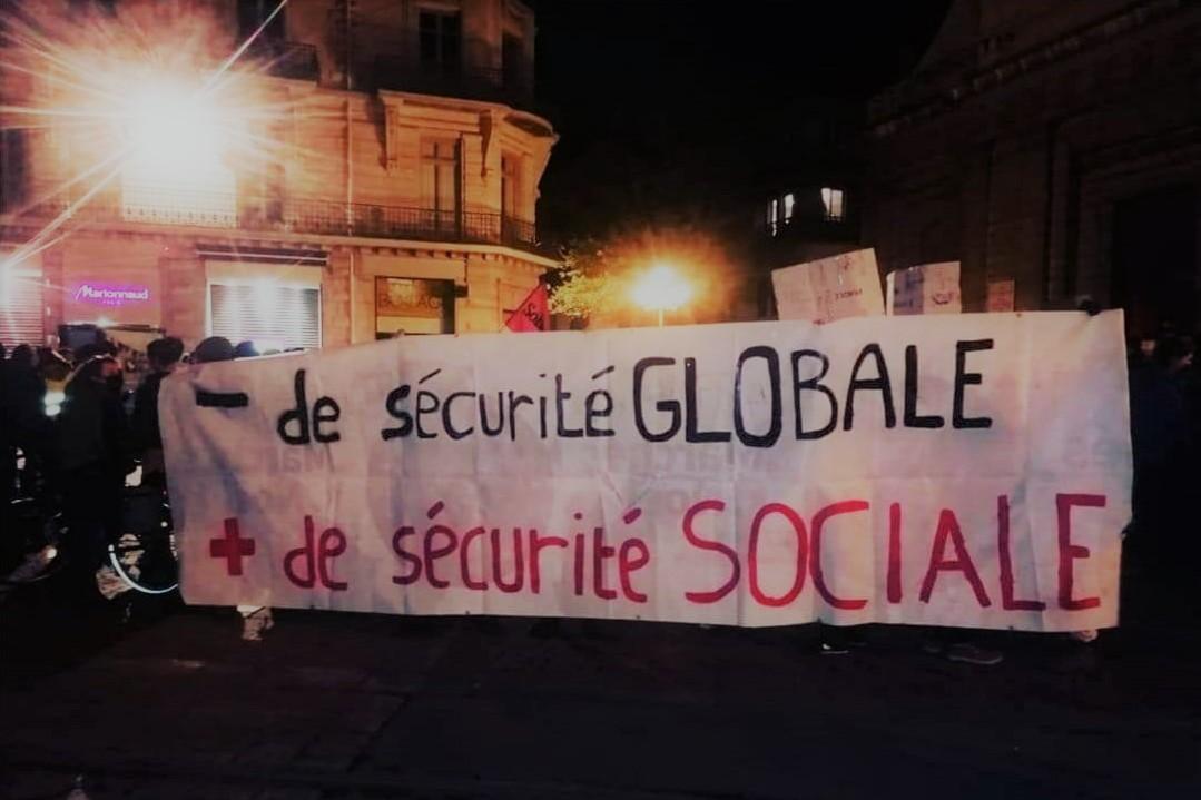 """Un plan d'urgence pour la santé, la démocratie et la justice sociale ! Contre la loi """"Sécurité Globale"""" ! Rassemblement le 26/11 18h place Verdun de Grenoble"""