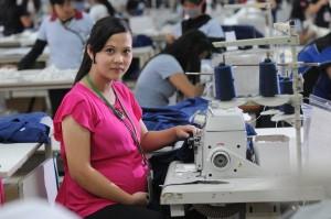 buruh perempuan hamil
