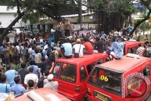 demo supir angkot