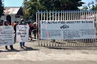 Mahasiswa di Minahasa Serukan Boikot Pabrik AICE
