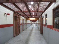 SHU hallway leading to cell pod (Credits: Nancy Mulllane)