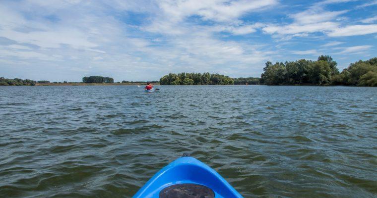 Weekendtip: kayakken op het Schulensmeer in Limburg