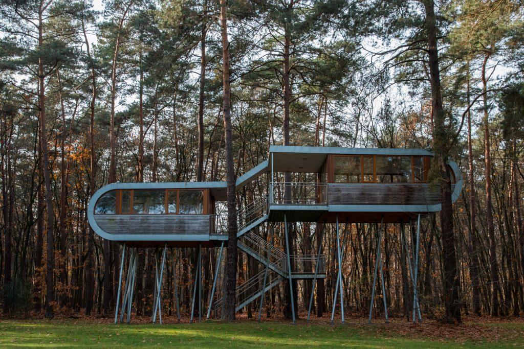 The Treehouse. Vergaderruimte in het bos.