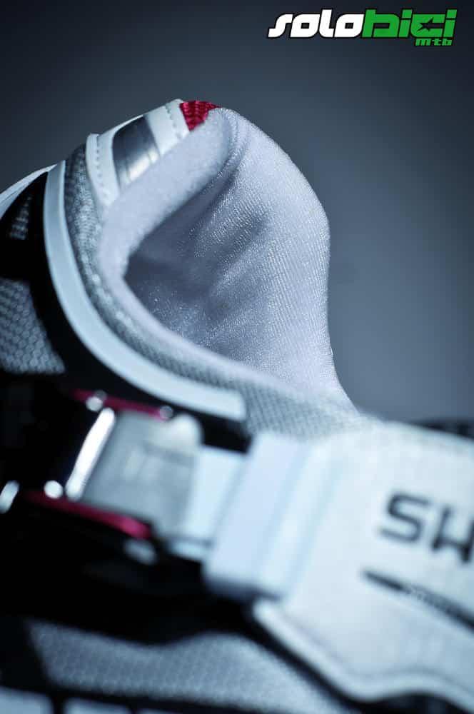 Zapatillas de carbono Shimano M240
