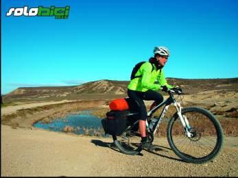 El espectacular Barranco de Escorihuela, al principio del itinerario, queda apartado de la pista principal. Durante la ruta, que concluye en el onírico paisaje de Jubierre, encontramos diversas balsas y charcas, pero ninguna fuente.