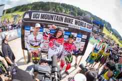 UCI-DHI-Flower-Ceremony-men_photo-Michael-Marte-OO7B5018