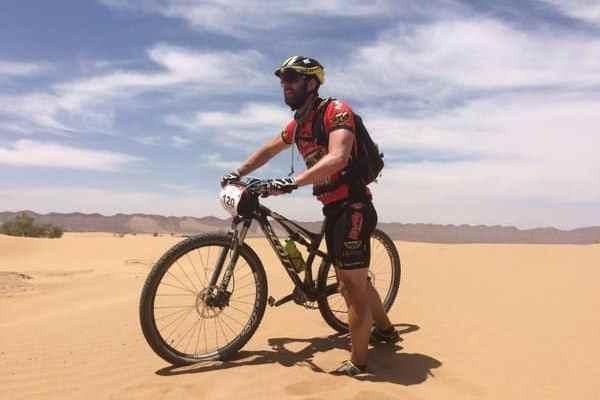 Dani Rovira en la Titan Desert