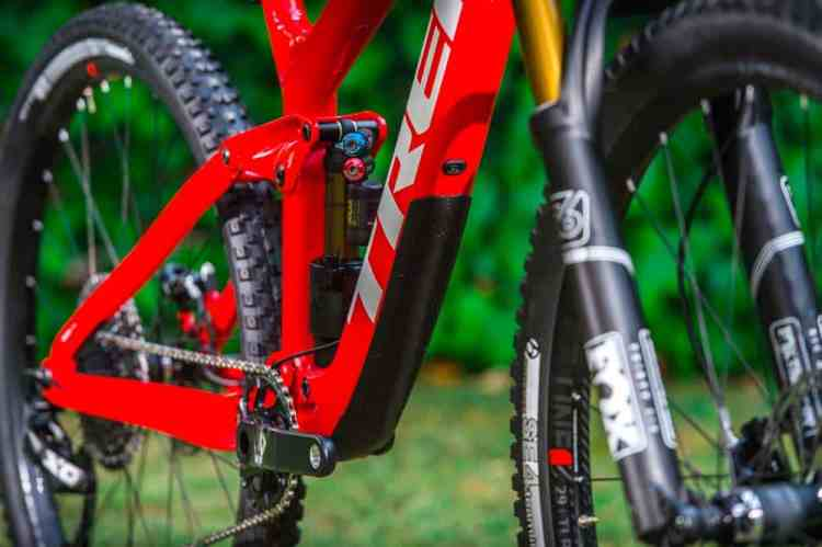 Detalle Trek Slash 6