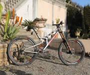 Santa Cruz V10 29