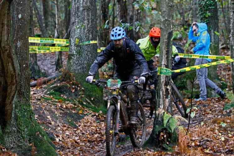 UCI y la FIM e-bikes