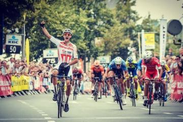 Van der Poel como campeón de Holanda de carretera