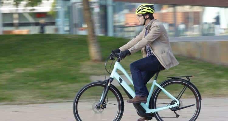al trabajo en e-bike