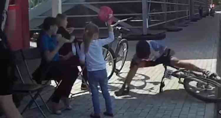 ciclista niña