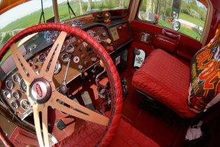 Peterbilt 359 AC/DC