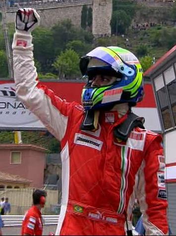 Massa consigue la pole en Monaco