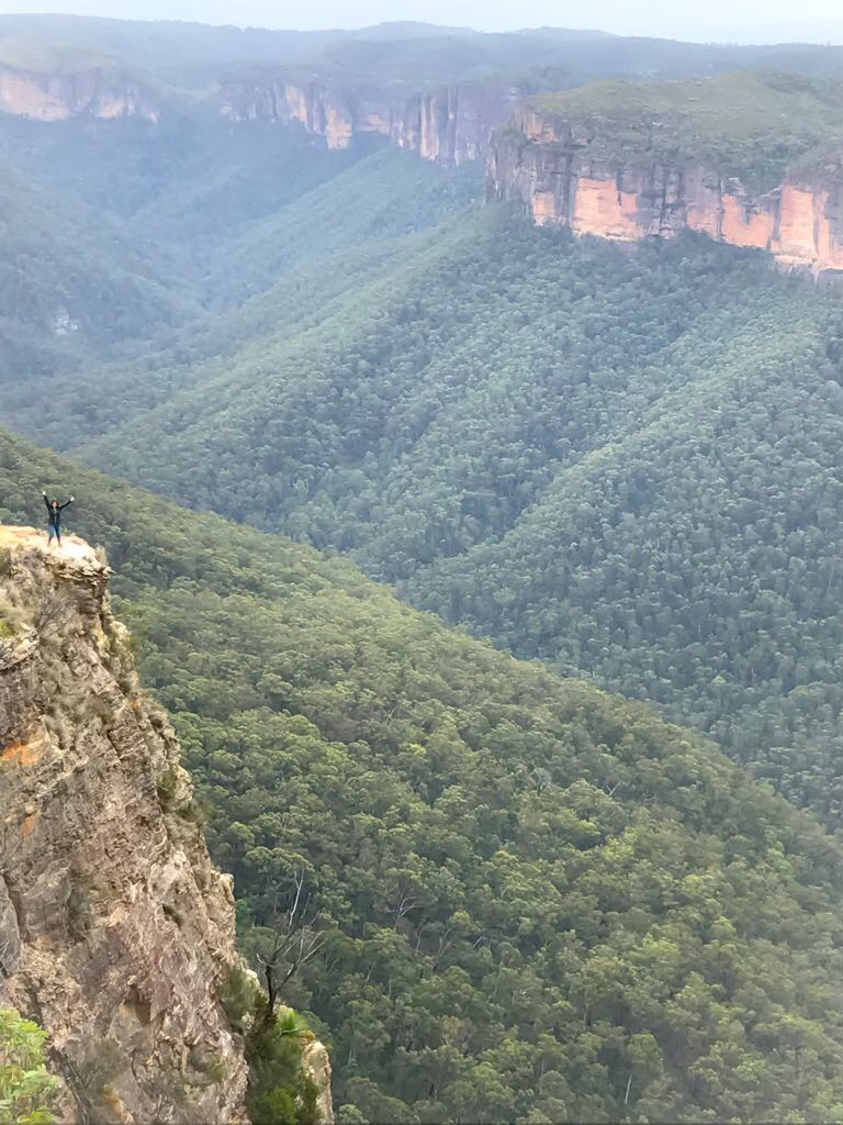 Hanging Rock & Baltzer Lookout (Blue Mountains)