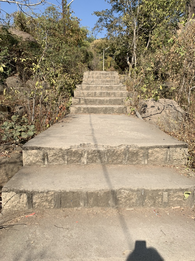 Steps going to the fort