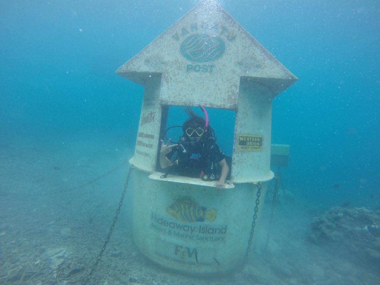 Underwater working Post office (Vanuatu)