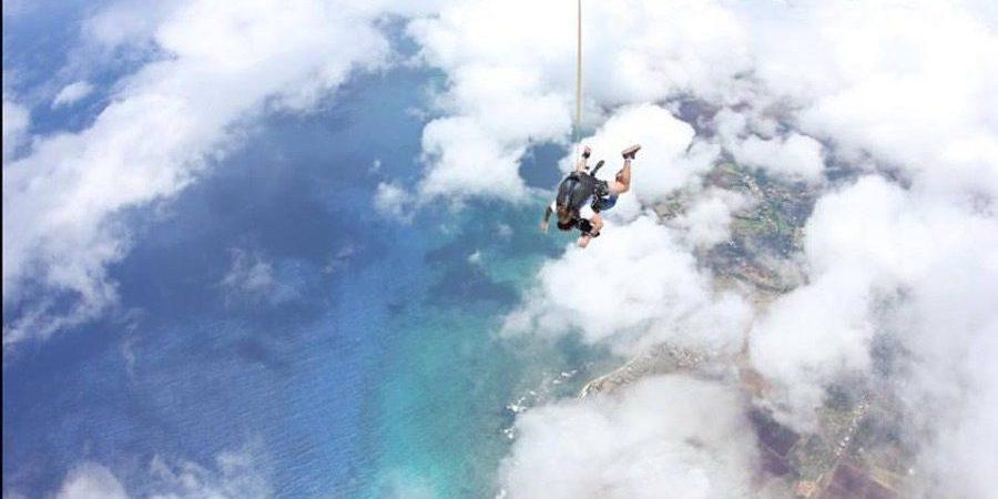 Skydiving at Hawaii