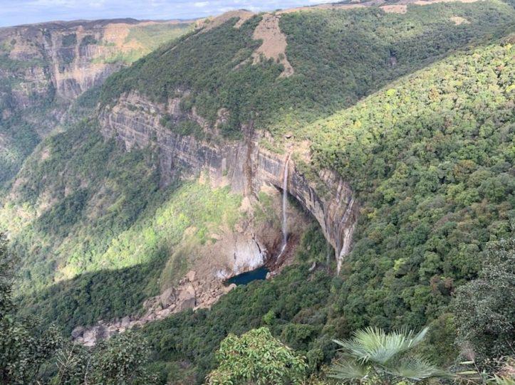 Nohkalikai waterfalls Meghalaya