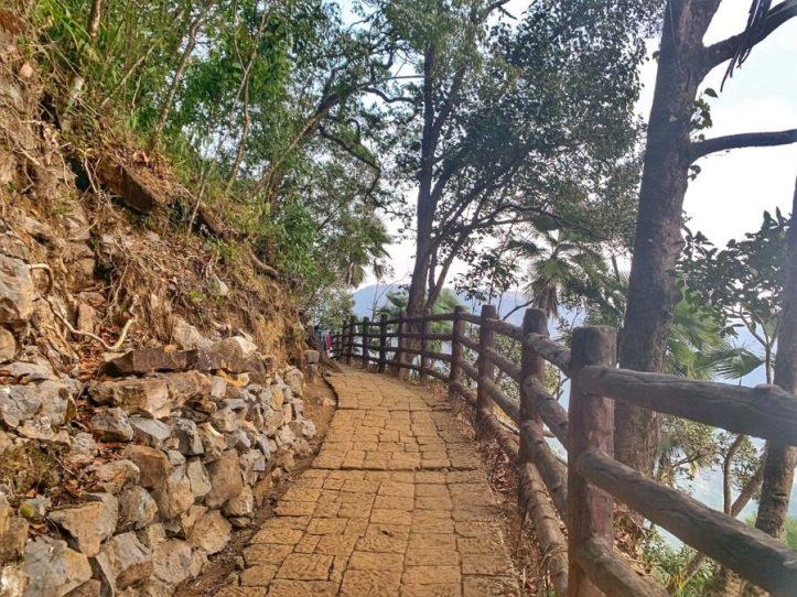 Arwah caves Meghalaya