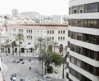 Alicante,Alicante,España,4 Bedrooms Bedrooms,2 BathroomsBathrooms,Pisos,10211