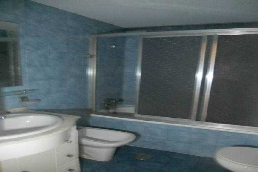 Alicante,Alicante,España,3 Bedrooms Bedrooms,2 BathroomsBathrooms,Pisos,13858