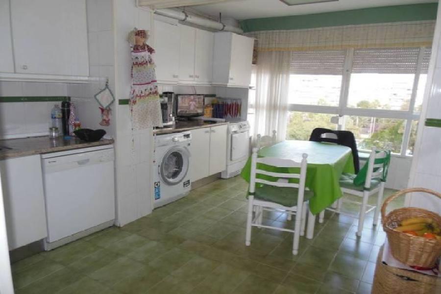 Alicante,Alicante,España,3 Bedrooms Bedrooms,2 BathroomsBathrooms,Pisos,14207