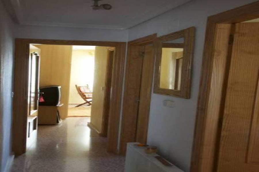 Alicante,Alicante,España,3 Bedrooms Bedrooms,2 BathroomsBathrooms,Pisos,14428