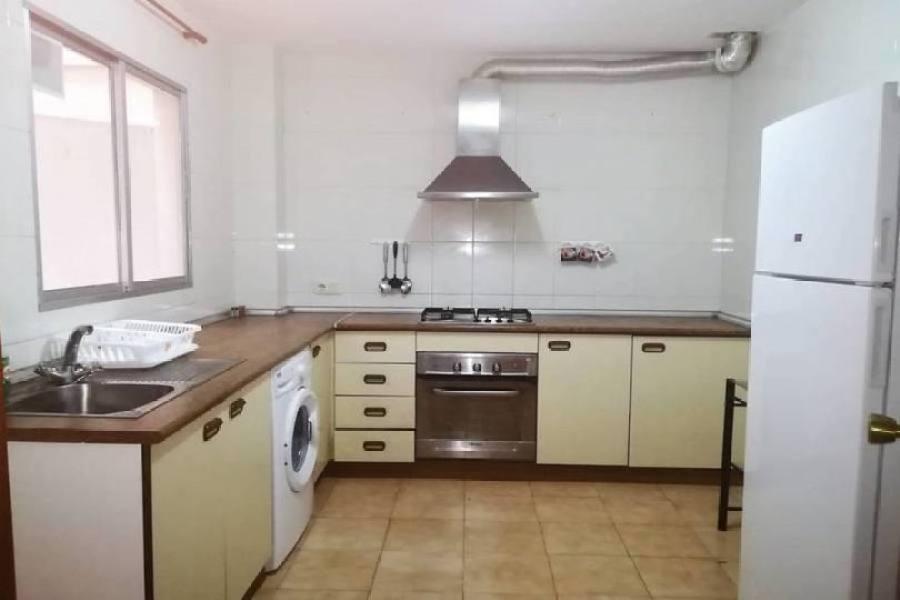 Alicante,Alicante,España,4 Bedrooms Bedrooms,2 BathroomsBathrooms,Pisos,14792