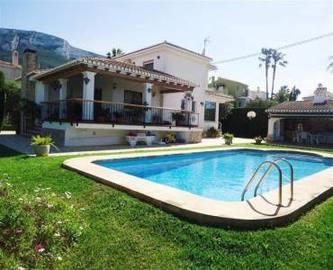 Dénia,Alicante,España,4 Bedrooms Bedrooms,4 BathroomsBathrooms,Chalets,16819