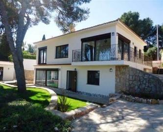Dénia,Alicante,España,5 Bedrooms Bedrooms,3 BathroomsBathrooms,Chalets,16820