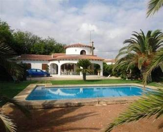 Dénia,Alicante,España,4 Bedrooms Bedrooms,2 BathroomsBathrooms,Chalets,17147