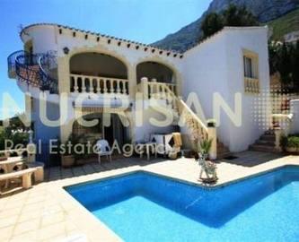 Dénia,Alicante,España,5 Bedrooms Bedrooms,5 BathroomsBathrooms,Chalets,17695