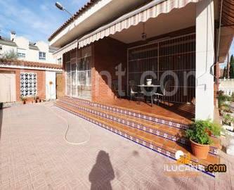 San Vicente del Raspeig,Alicante,España,5 Bedrooms Bedrooms,2 BathroomsBathrooms,Chalets,17868