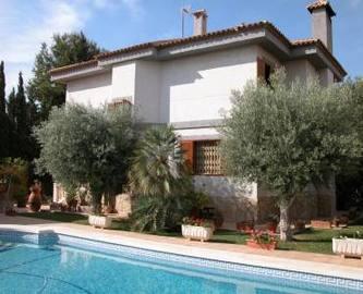 Mutxamel,Alicante,España,5 Bedrooms Bedrooms,3 BathroomsBathrooms,Chalets,18046