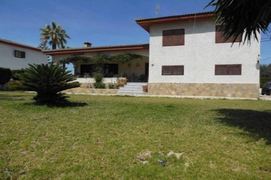 el Campello,Alicante,España,5 Bedrooms Bedrooms,3 BathroomsBathrooms,Chalets,18987